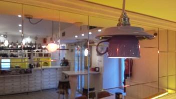 Detalle de la lámpara-taza