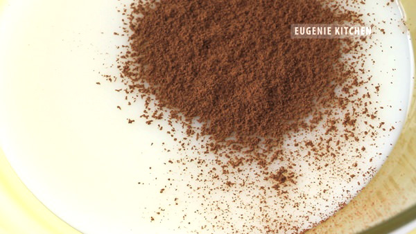 3-Ingredient No-Churn Chocolate Ice Cream Recipe