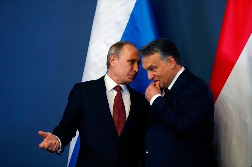 Orbán exhibe su amistad con Putin en medio de las presiones de la UE a Hungría