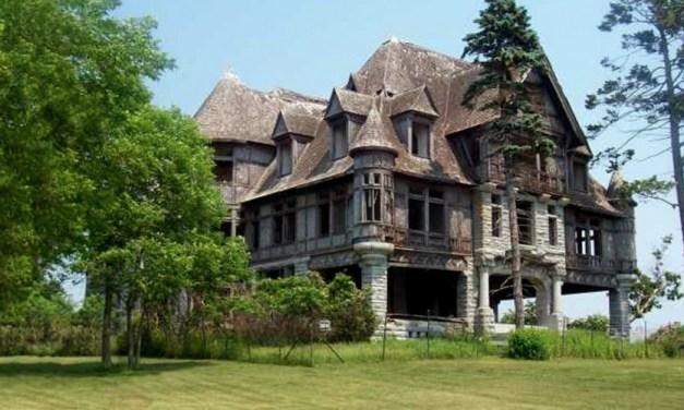 Se vende mansión embrujada