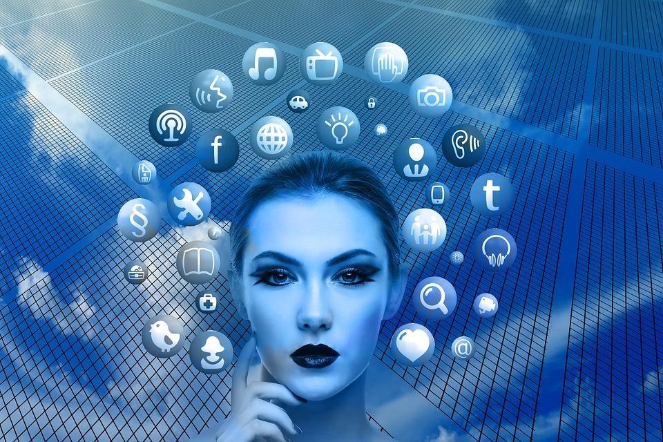 INFOGRAFÍA DEL DÍA: ¿Qué es lo que se hace con más frecuencia cuando se navega por Internet?