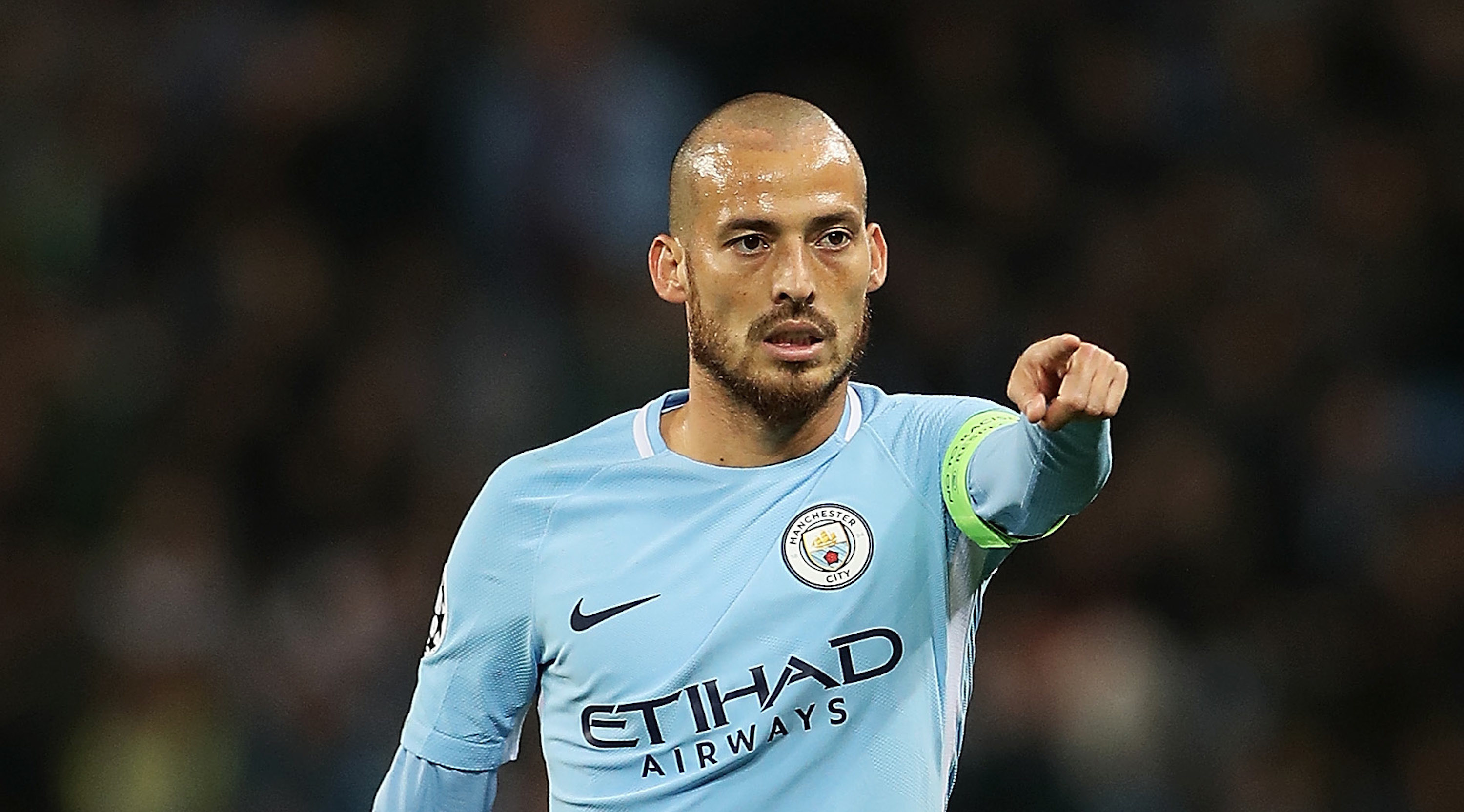 MANCHESTER, ENGLAND - SEPTEMBER 26: David Silva of Manchester City in action during the UEFA Champions League group F match between Manchester City and Shakhtar Donetsk at Etihad Stadium on September 26, 2017 in Manchester, United Kingdom. (Photo by Matthew Lewis/Getty Images)