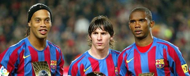 Ronaldinho, Messi y Eto'o. La delantera de lujo del Barça en la temporada 2005-06.