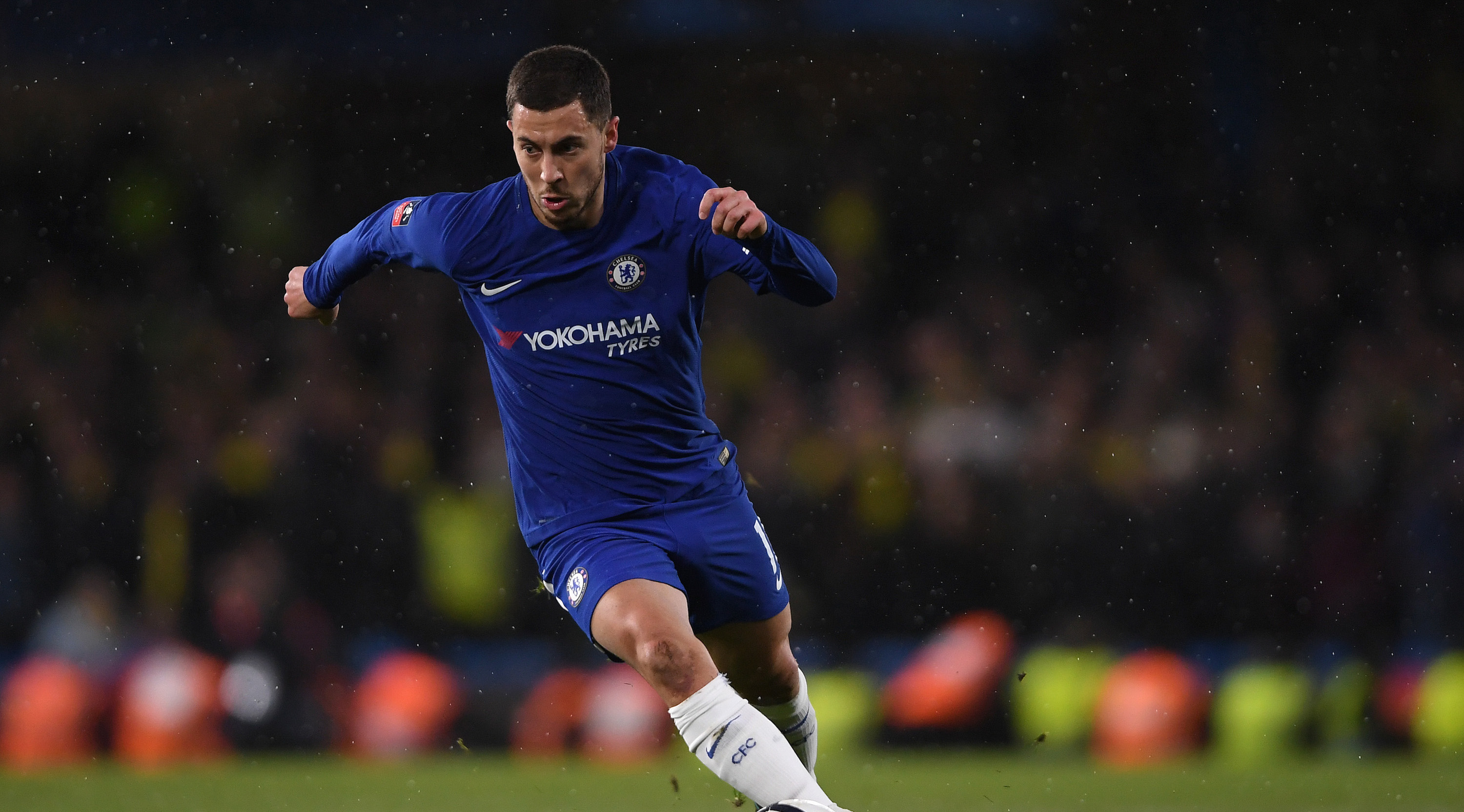 LONDON, ENGLAND - JANUARY 17: Eden Hazard of Chelsea in action during The Emirates FA Cup Third Round Replay between Chelsea and Norwich City at Stamford Bridge on January 17, 2018 in London, England. (Photo by Mike Hewitt/Getty Images)