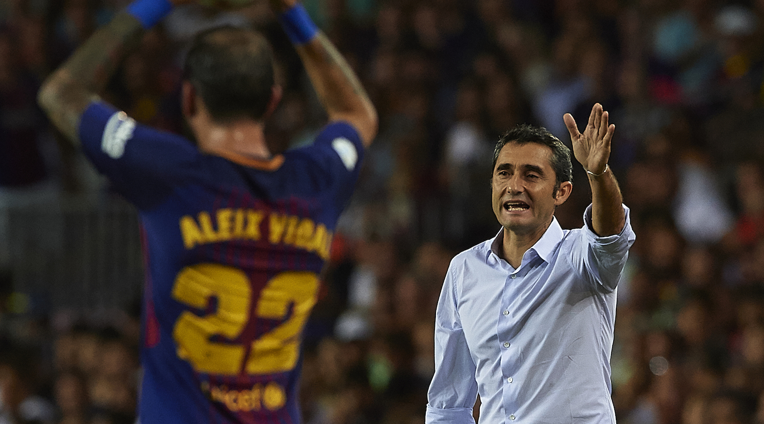 BARCELONA, SPAIN - AUGUST 13: Ernesto Valverde, Manager of Barcelona reacts during the Supercopa de Espana Supercopa Final 1st Leg match between FC Barcelona and Real Madrid at Camp Nou on August 13, 2017 in Barcelona, Spain. (Photo by Manuel Queimadelos Alonso/Getty Images,)