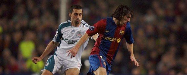 El marcaje de Arbeloa a Messi durante el enfrentamiento entre Barça y Liverpool en 2007.