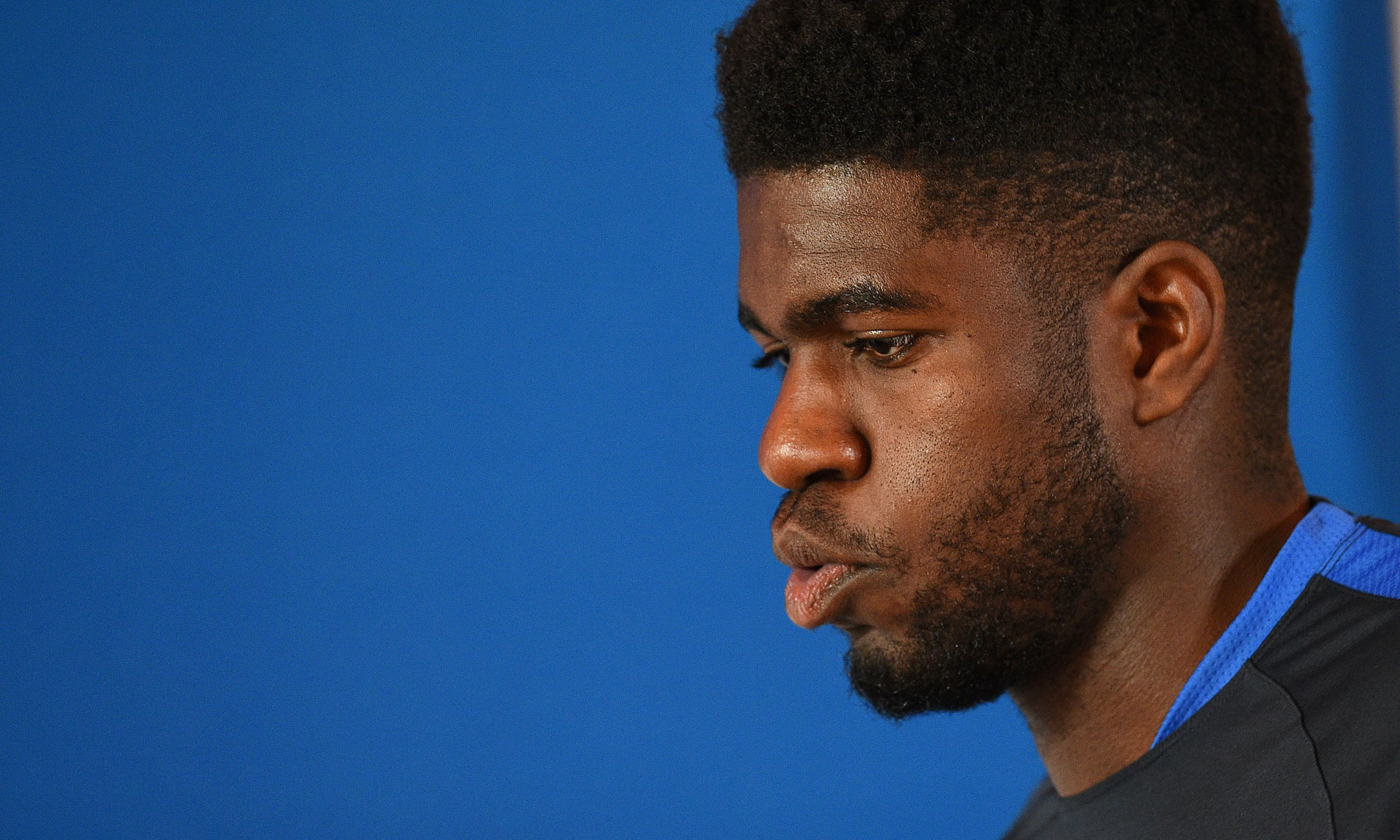 France's defender Samuel Umtiti arrives for a press conference at the Aguilera stadium in Biarritz, on May 21, 2016, during the team preparation for the Euro 2016 European football. / AFP / FRANCK FIFE (Photo credit should read FRANCK FIFE/AFP/Getty Images)
