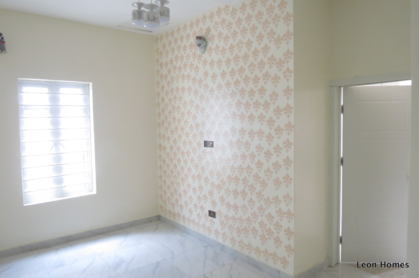 Wow Get a Good Discount on This Right Now! Beautifully Finished 4 Bedroom Semi Detached House. See Offer!