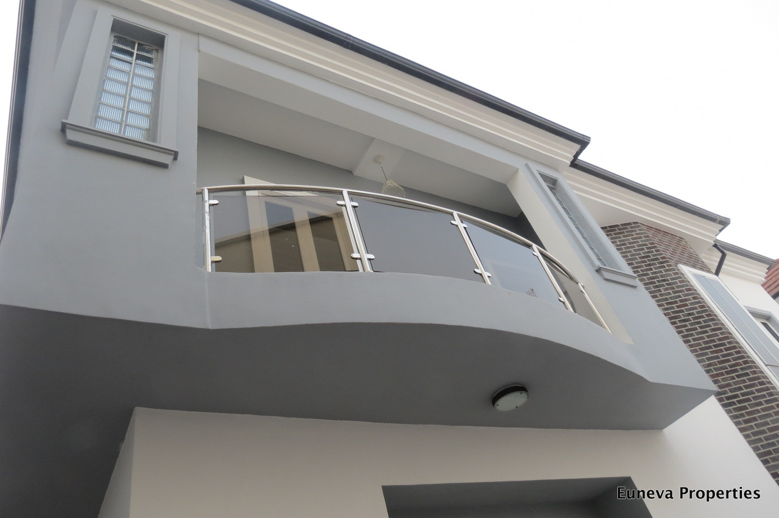Lovely 5 bedroom Detached House in Chevy View Estate, Chevron Drive