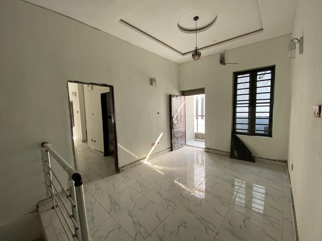 4 Bedroom Semi Detached for Sale in a Secured estate with 24 Light and Security