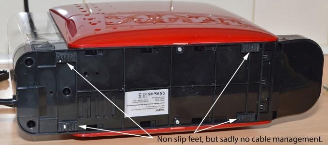 VonShef 1250w Nespresso Compatible Coffee Pod Machine - The underside.