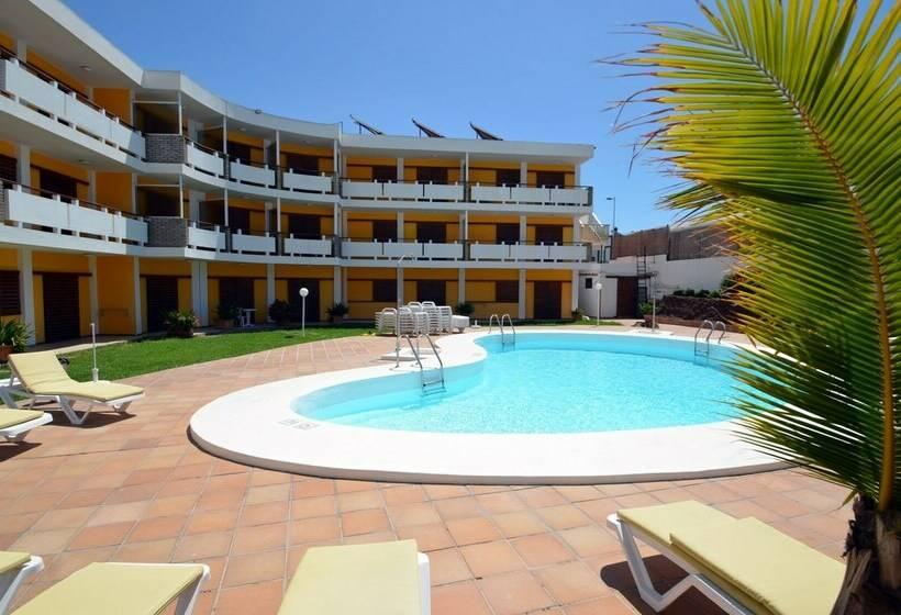 Apartamentos Los Nardos en Playa del Ingls  Destinia