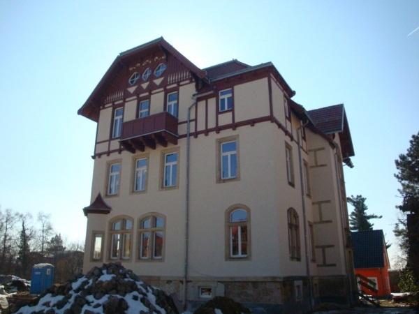 Bautzner Landstrae 92  Villa am weien Hirsch  EURA