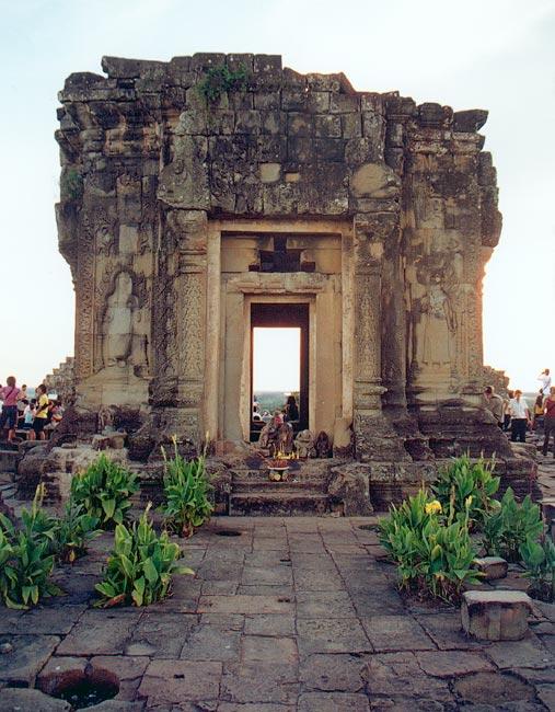 Angkor_Phnom_Bakheng