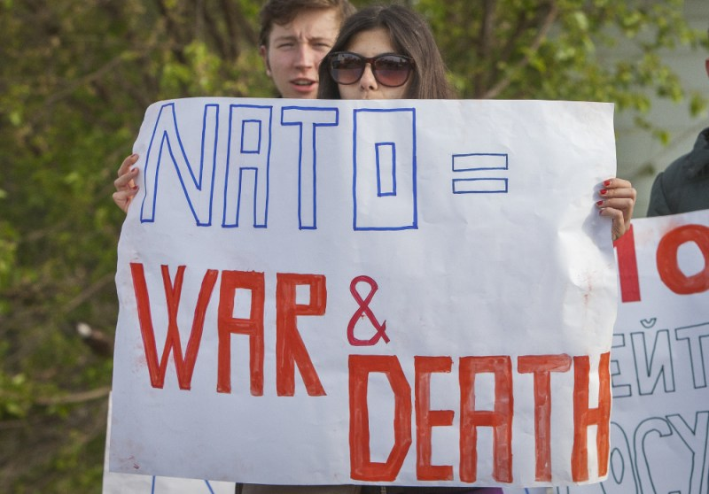 NATO is war and death_03