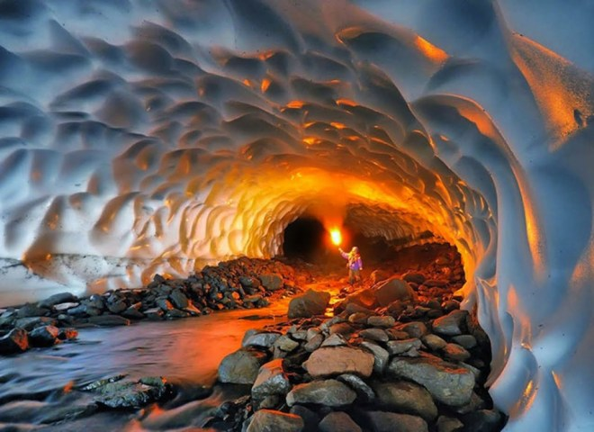 Russia - travel - Kamchatka - Ice Cave