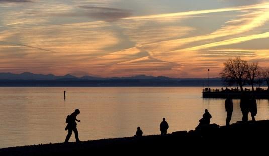Friedrichshafen, Menschen und Abendstimmung