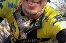 サイクリスト子猫