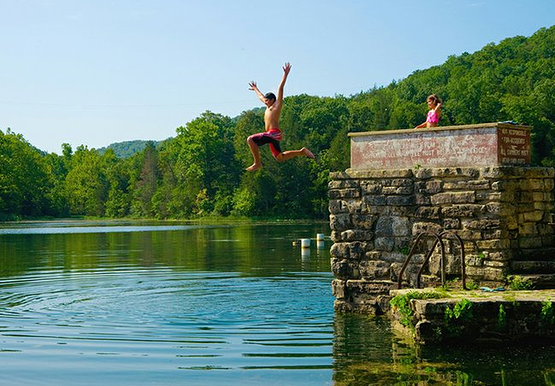 Plan a July Vacations in Eureka Springs, Arkansas