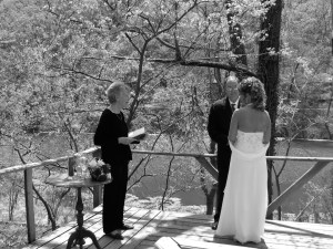 Eureka Springs Wedding at Lake Lucerne