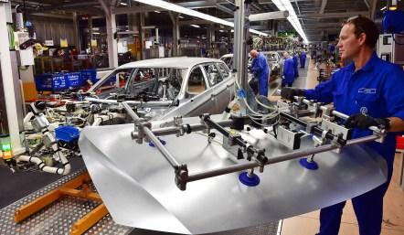 Passat Variant production, Body shop