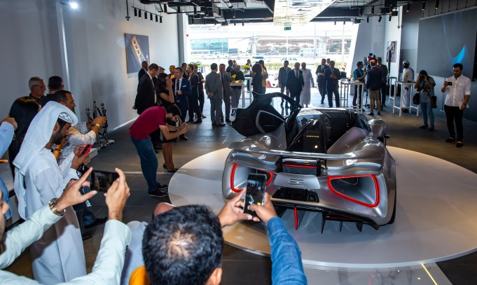 Image 5-Lotus Evija Middle East Debut