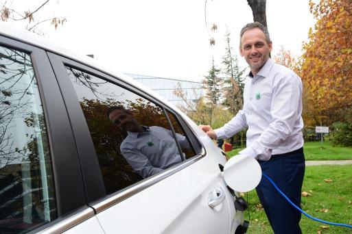 01_Jose Saloio with Hyundai Ionic