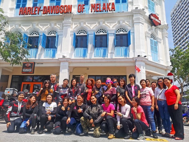 VioletaIvanova_Harley-Davidson-Malaysia2