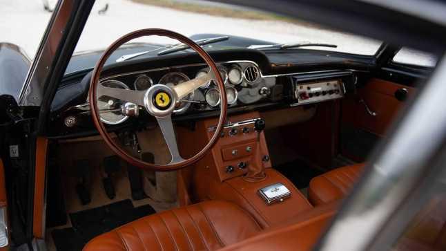 1962-ferrari-250-gte-2-2-police-car5