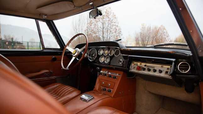 1962-ferrari-250-gte-2-2-police-car9