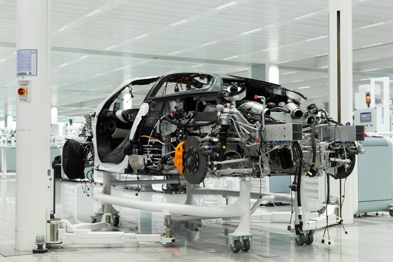 6 McLaren