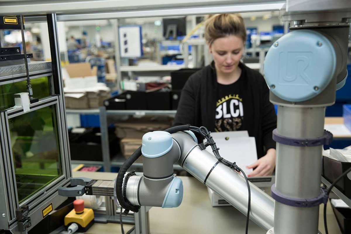 Business-Continuity-&-Cobots