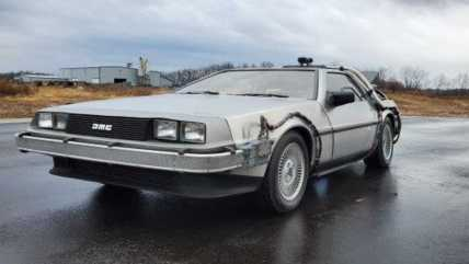 batmobile-ectomobile-delorean-head-to-auction111