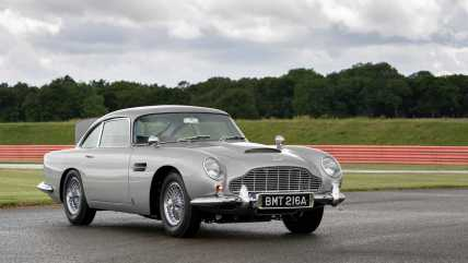 first-aston-martin-db5-goldfinger-continuation-car2