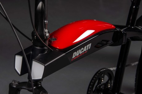 DUCATI_URBAN-E_2__UC180258_High
