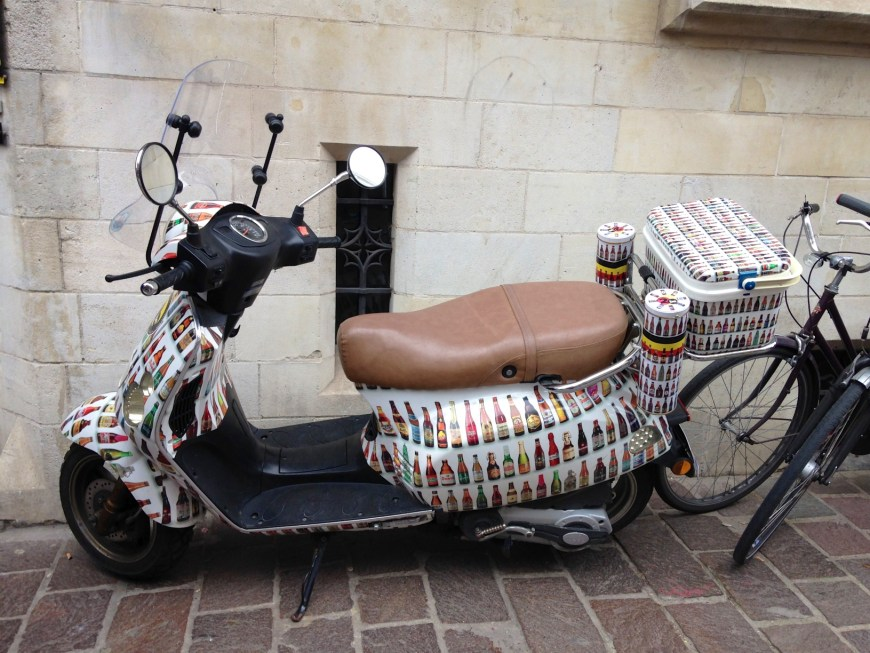 The 2be delivery scooter.