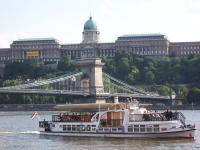 По Дунаю на такси