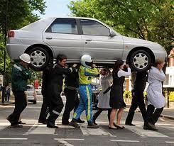 Итальянские автомобилисты стали ездить меньше и аккуратнее