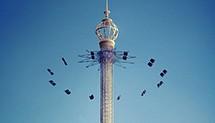 Карусель высотой в 121 метр