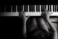 112 молодых пианистов сражаются за звание лучших в Европе