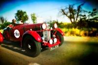 Тысяча миль: легендарная гонка соберет на дорогах Италии раритетные авто