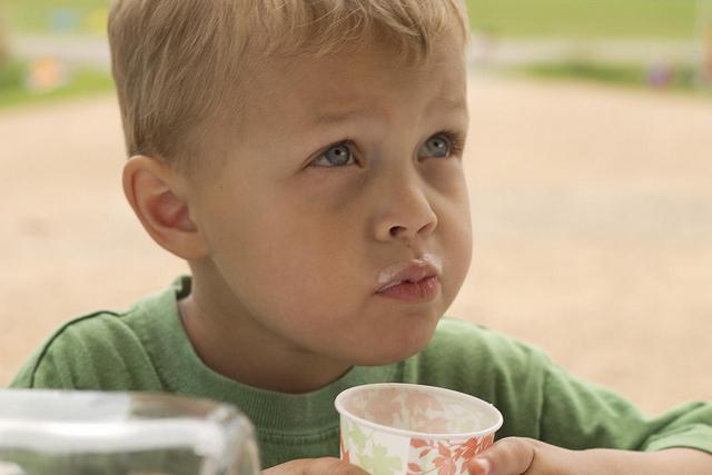 Бесплатное молоко и фрукты в школах