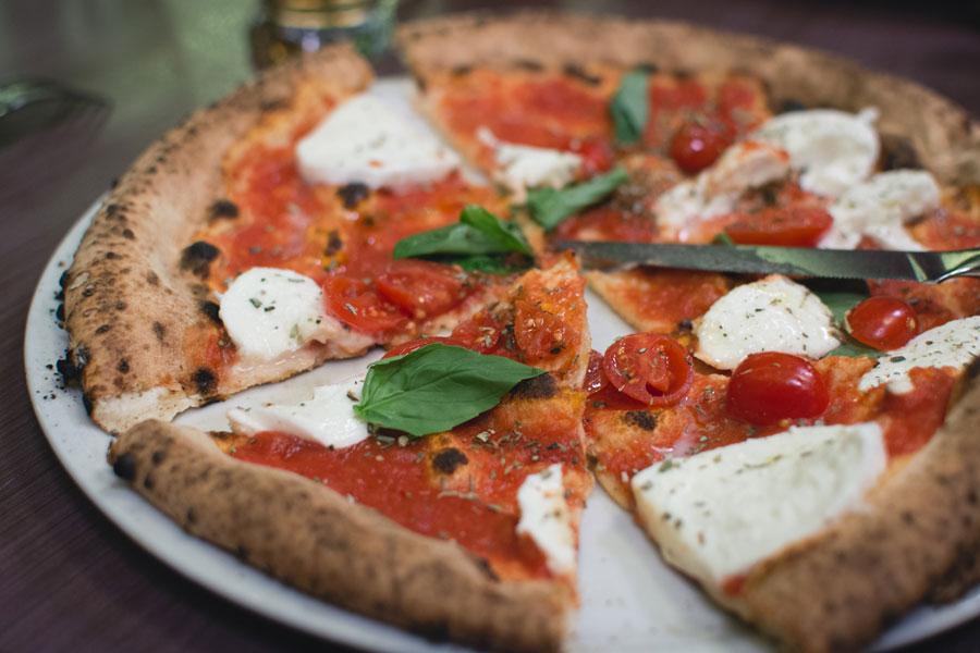 Неаполитанская традиция приготовления пиццы может войти в список ЮНЕСКО
