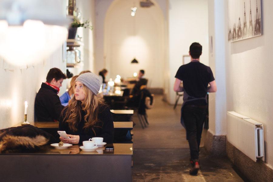 Австрийские врачи хотят запретить курение в ресторанах