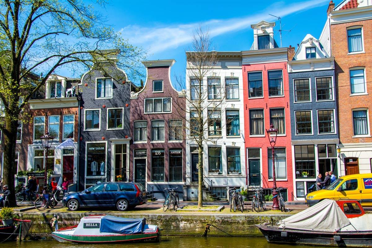 В Амстердаме переименуют улицы, чтобы названия больше соответствовали духу города