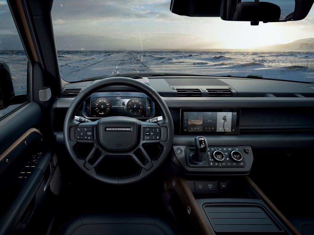 2020-land-rover-defender-interiors-6-copy-440a