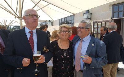 Fallece en Corcubión, Elena Pérez Abella, esposa de Lito Coronilla, miembro de la Cofradia Europea de la Vela