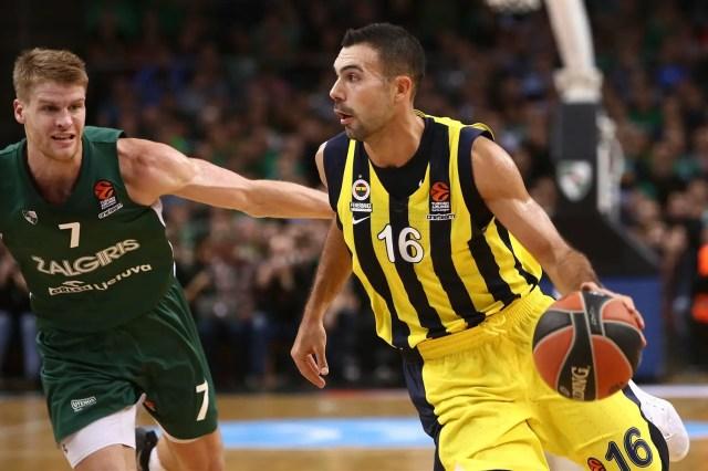 Il maestro rimonta e supera l'allievo: Fenerbahçe corsaro a Kaunas