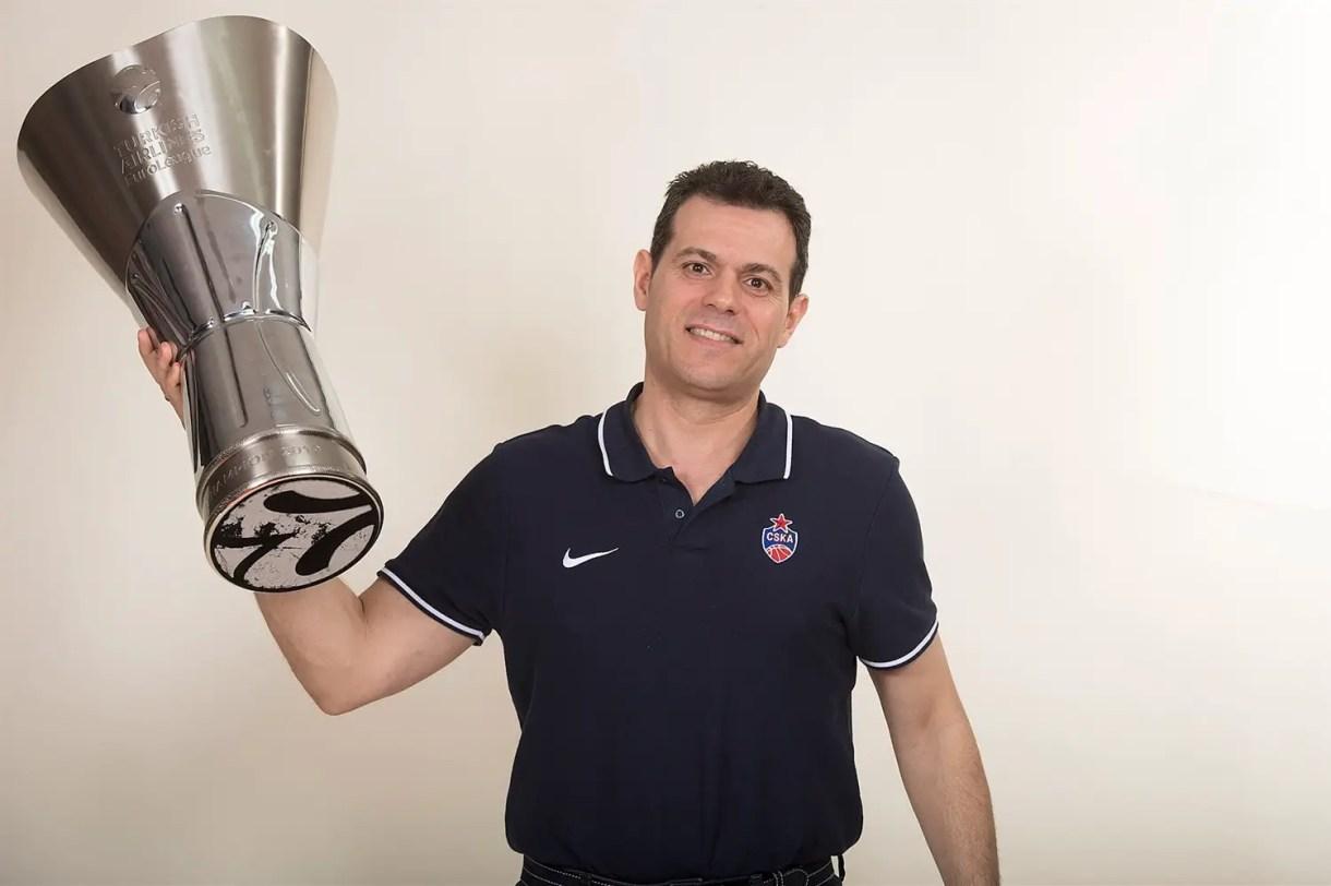 dimitris-itoudis-cska-trophy-photo-shoot-final-four-vitoria-gasteiz-2019-eb18.jpg