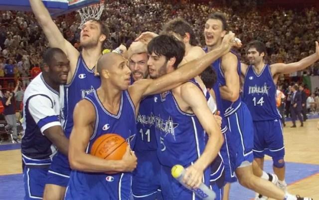 PARIGI 1999 – VENT'ANNI DOPO                        Alessandro Mamoli ci racconta un'impresa azzurra indimenticabile